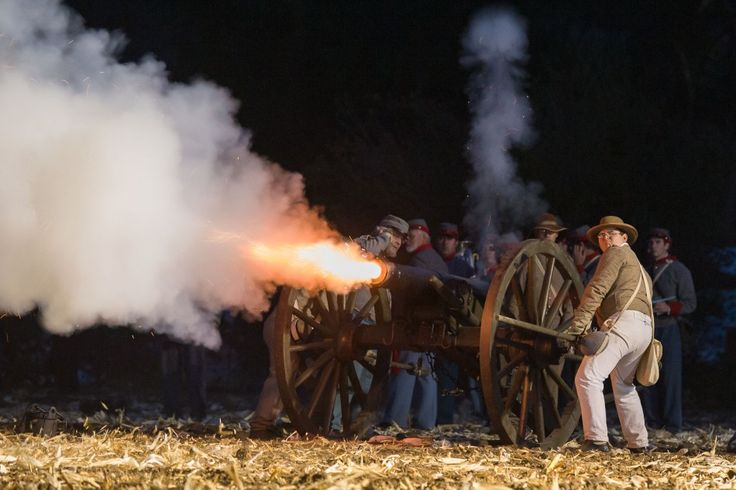 From a Moorpark Acorn newspaper online photo gallery, of the 2013 Civil War Re-Enactment by the Rotary Club of Moorpark.