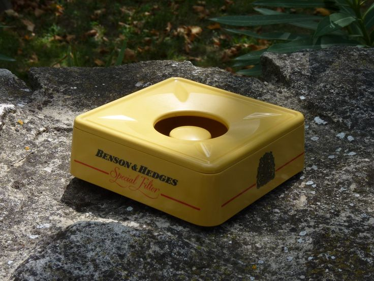 Benson-Hedges-plastic-ashtray-vintage-mementosbcn-1