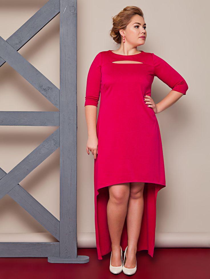 Шикарное вечернее трикотажное платье алого цвета для полных. Оригинальный вырез, ассиметричное. Колелкция plus size, весна-лето 2016.