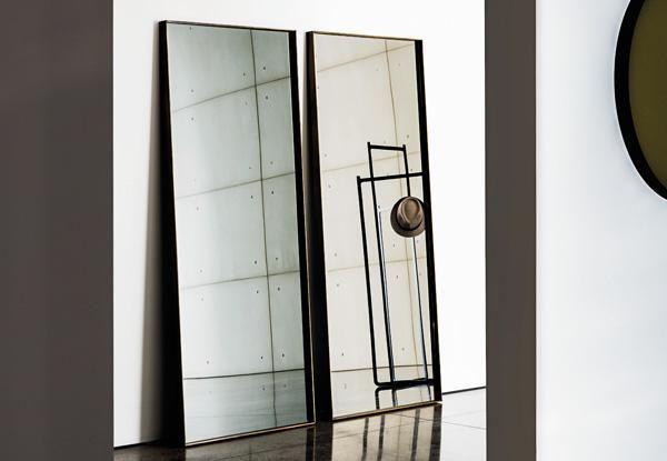 Visual rectangular mirror | by Sovet Italia