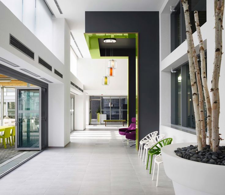 Daniels Limelight Condominiums | Mississauga, Ontario, Canada | The condominium's interior spaces are designed to harmonize the Limelight development's sustainable initiatives and brand positioning.