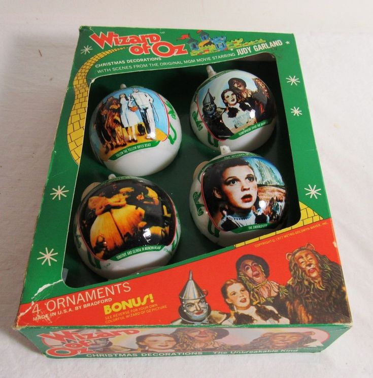VINTAGE BRADFORD WIZARD OF OZ BOX OF CHRISTMAS ORNAMENTS