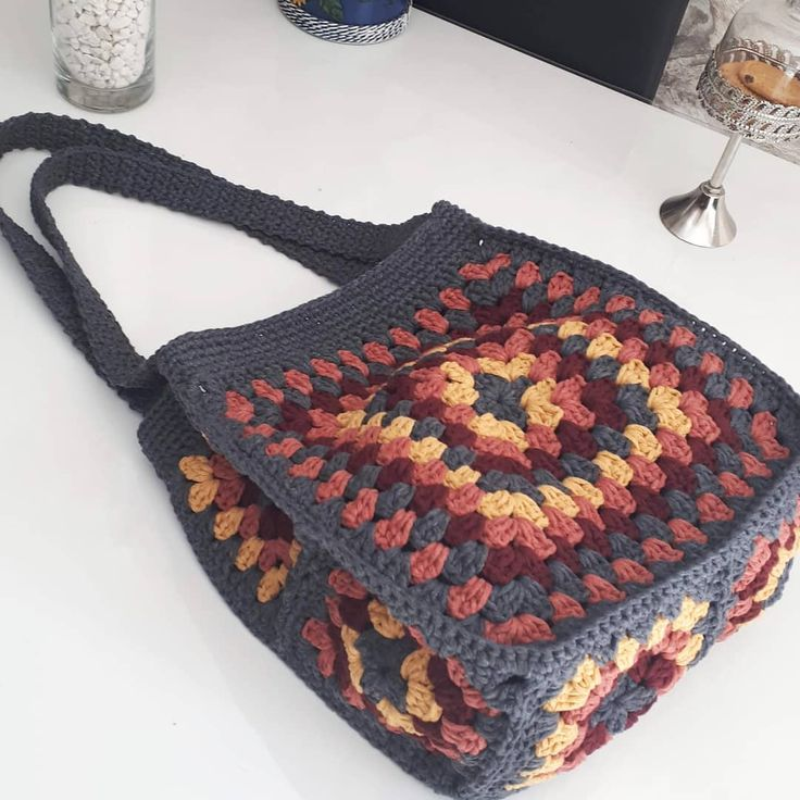 How to Crochet a Beauty and Cute Handbag or Bags? New Season 2019 - Page 26 of 49 - Crochet Blog!