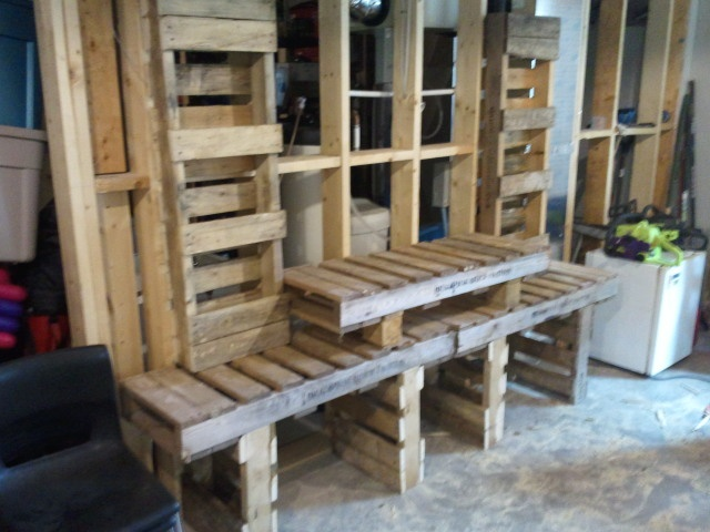 Step 21 : Pallet Entertainment Stand Project : Pinterest : Entertainment stand