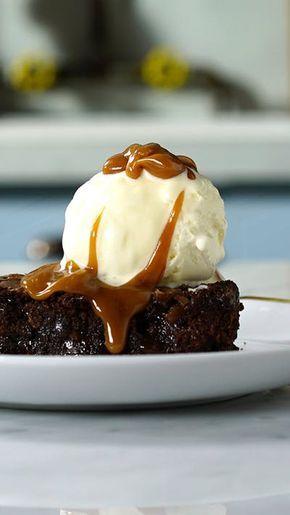 Gosta de brownie? Esse leva o toque maravilhoso do caramelo salgado!