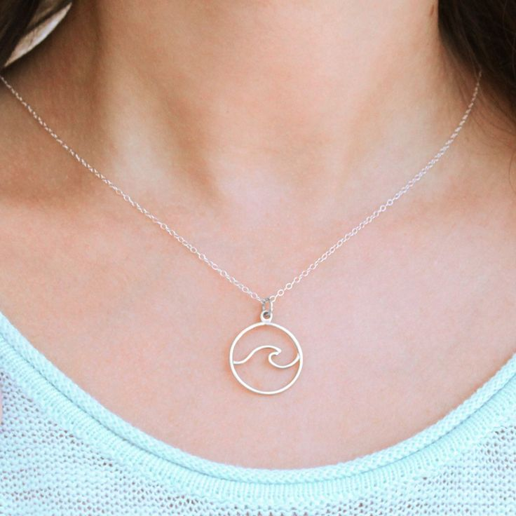 Hammered Wave Necklace