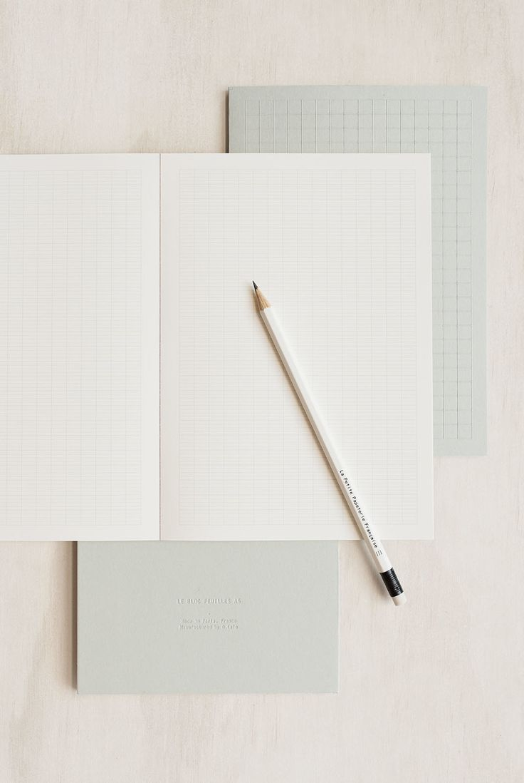 This notebook will help you to keep ypur life organized! Buy La Petite Papeterie Francaise - Notepad - Seyes - A5 (15x21cm) - Grey - NoteMaker Stationery. NoteMaker.com.au