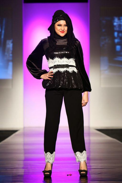 "Barli Asmara ""B"", Jakarta Islamic Fashion Week 2013"
