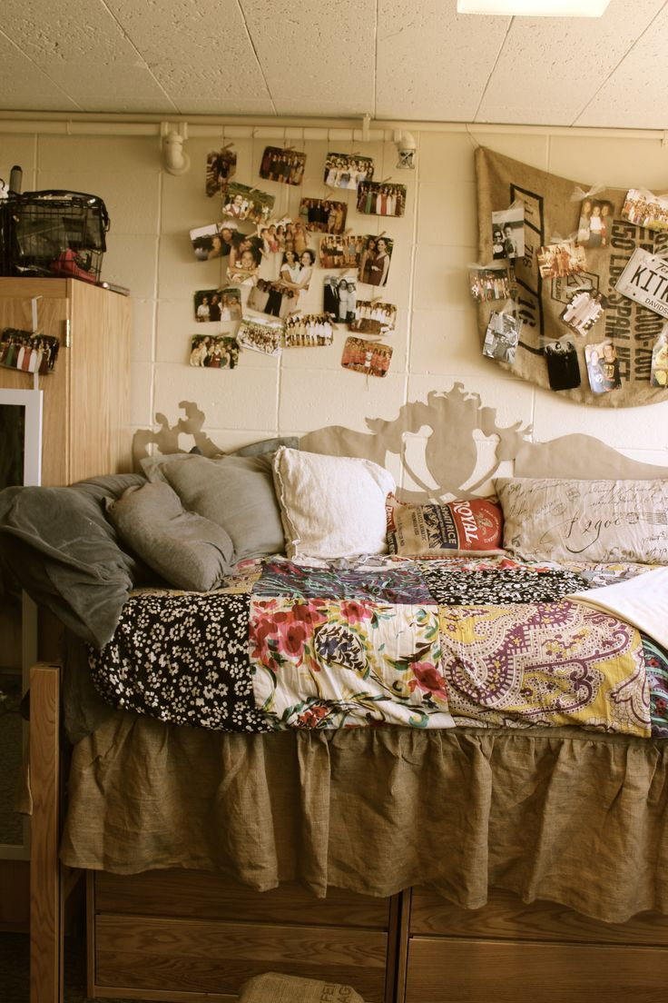 Tan Vintage Or Rustic College Dorm Room Inspiration. Thatu0027s A Great Paper  Headboard As Well