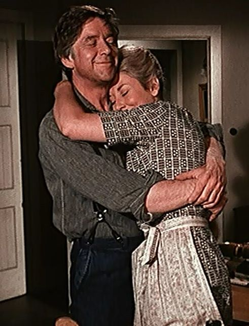 "2/28/14 2:32a ""The Waltons""  John & Olivia Walton  Goodnight,  Ralph Waite  Michael Learned"
