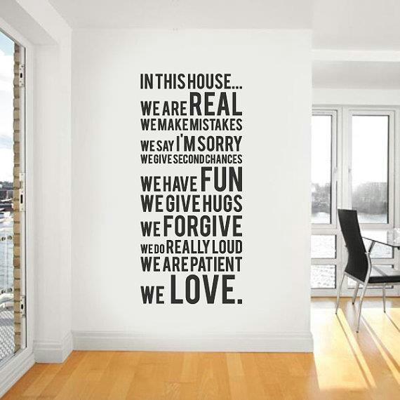 En esta casa somos reales, cometemos errores, pedimos perdon, damos segundas oportunidades, nos divertimos, nos abrazamos, perdonamos, somos gritones, somos pacientes... amamos