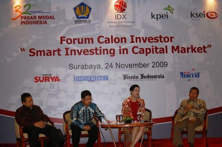 kiki widyasari dewi bersama praktisi investasi dan keuangan dengan FCI Surabaya