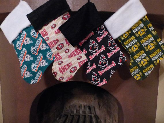 Cowboys, LA Dodgers, Braves, Yankees, Packers, Buccaneers, Raiders, 49ers, Chiefs, SF Giants, Patriots, Dolphins, Redskins, Chargers, NY Giants, Broncos, Bills, Saints, Nascar #3, #88, #24, Vintage D-backs colors and a stocking that includes all NFL teams on it. If you would like to see