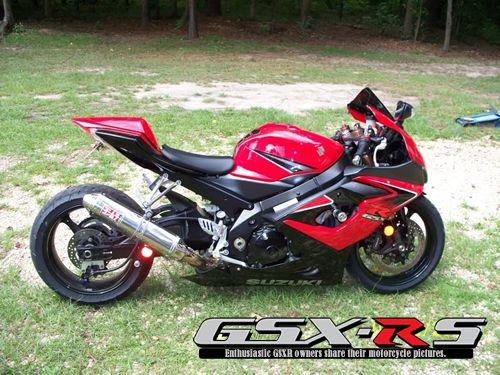 2006 GSXR 1000   Red & Black
