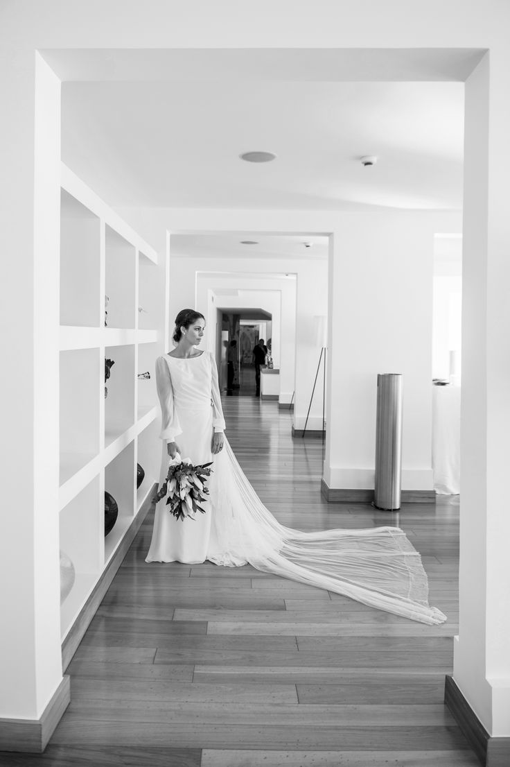 Because marriage is like a fairy tale, you are the protagonists, we are the authors, you are the inspiration, we collect your emotions ..... www.amalfiweddingplanner.it