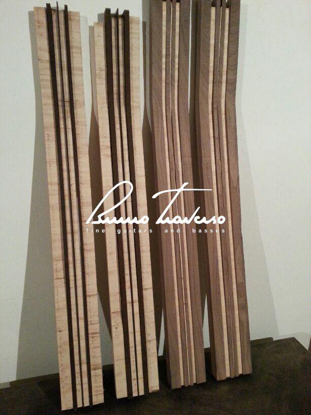 Bass Necks (maple/wenge - black walnut/maple) - Bruno Traverso Guitars