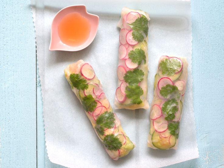 Découvrez la recette Rouleaux de printemps frais et parfumés sur cuisineactuelle.fr.