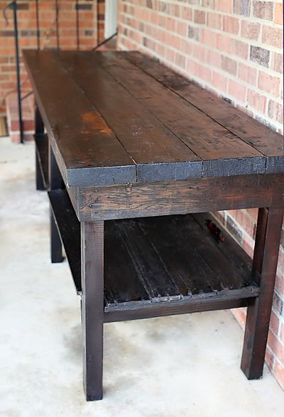 Semi DIY Table  |  7th House on the Left. Perfect pallet potting bench