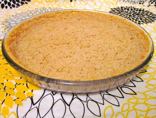 Healthy Pie Crust - made from white kidney beans. Gluten-free, GF, high protein, high fiber, low fat