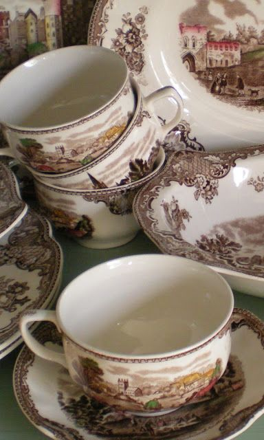 Shabby French Cottage: English Transferware: