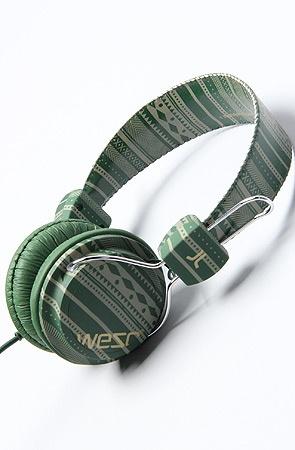 larper stripe conga headphones, by wesc (via karma loop)