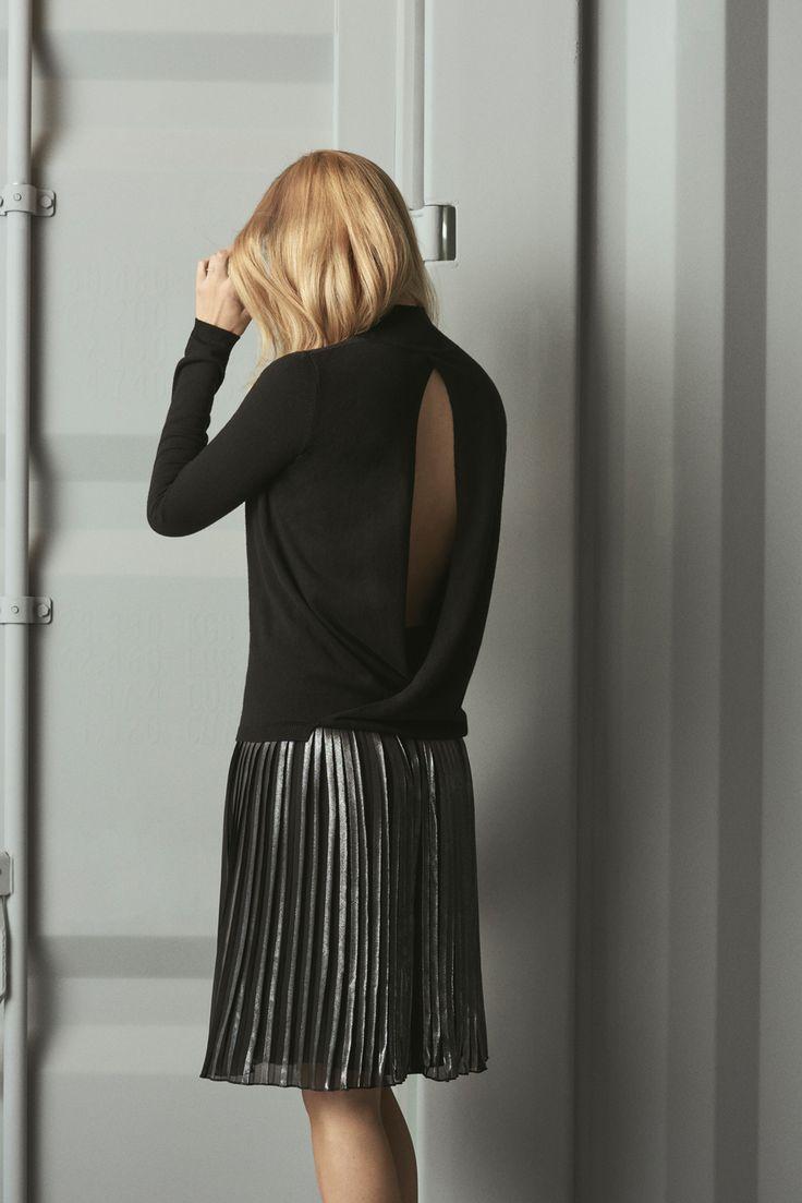 Fione Faye knit & Janelle Jae skirt mbyM