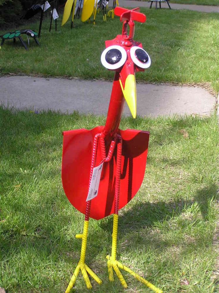 Yard Bird Garden Sculptures. OMG!!! I need one or five of these!!