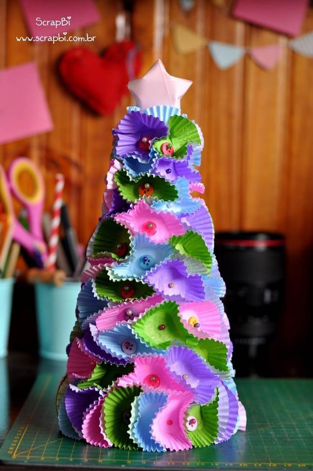 kerstboom van cupcake papiertjes