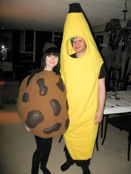 Found a DIY banana costume. Genius.  sc 1 st  Pinterest & 40 best Clare ? Bananas images on Pinterest | Banana costume ...