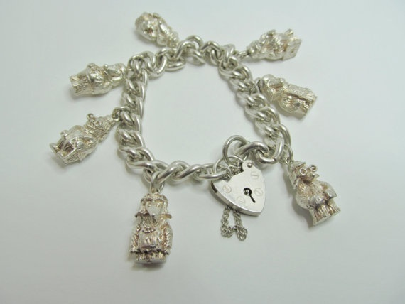 Wombles Silver Charm Bracelet Hallmarked Birmingham 1975 All 7 Charms