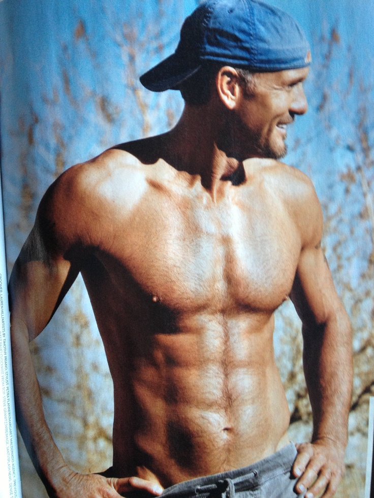 Tim McGraw  nice abs!!!