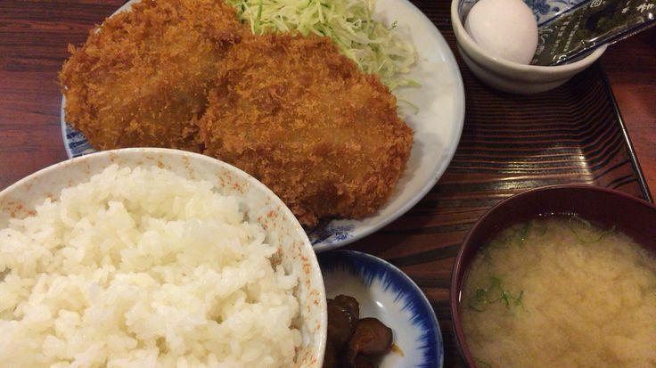 メンチカツ定食@甚兵衛1号店 ごはんのおかわりできます。