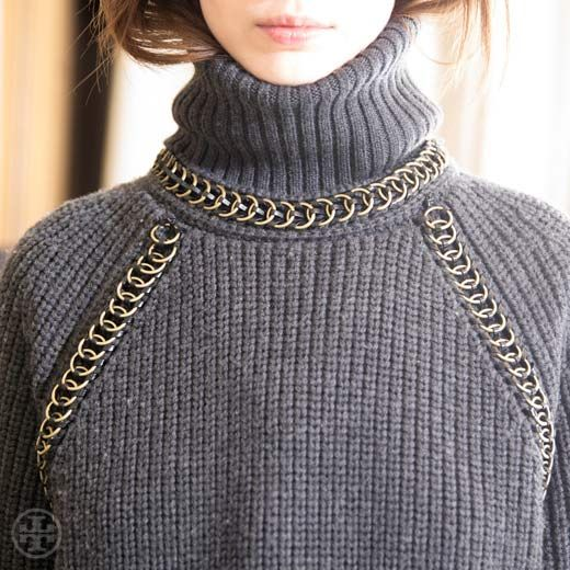 Matte and shine: a chunky knit turtleneck with chain-link detail #toryburch #toryfall14  #nyfw