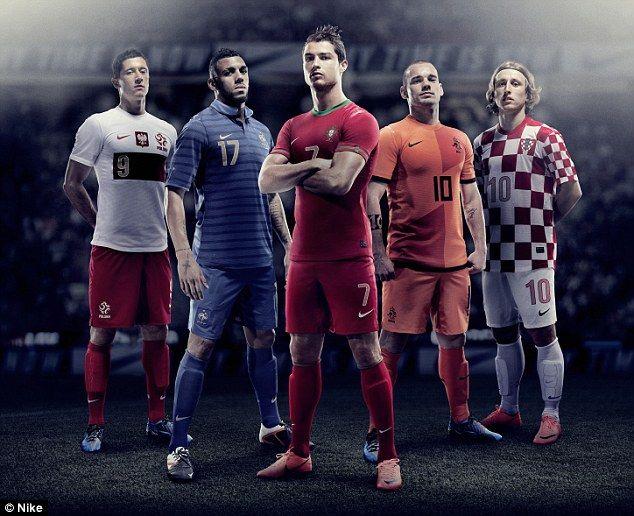 Robert Lewandowski, Yann M'Vila, Cristiano Ronaldo, Wesley Sneijder and Luka Modric sport Nike's kits