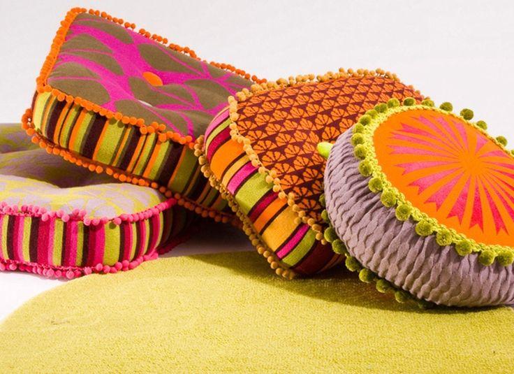 Яскравий текстиль Deryn Relph http://faqindecor.com/ua/yarkij-tekstil-deryn-relph/