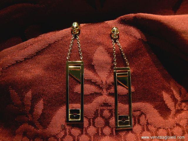 Skulls Earrings Guillotine Maria Antonietta gold 18 kt dimension 6 cm Price euros 1,290.00 http://www.veneziagioielli.com/scheda.php?id=1572  Dogale Jewellery