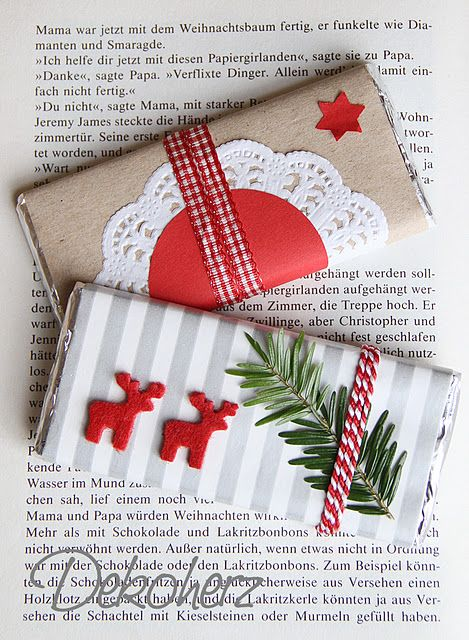 Christmas Wrapping for Chocolate Bars-Cute idea as a small thankyou gift.