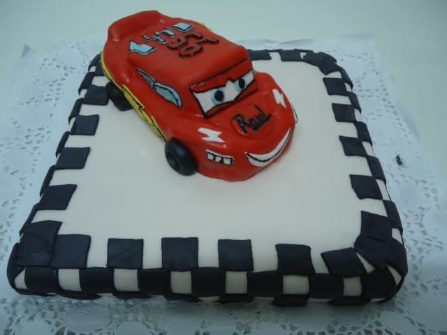tarta de chocolate de cars