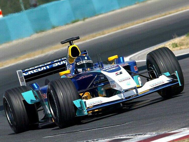 Sauber Petronas                          No.10 Heinz-Harald FRENTZEN SAUBER C22                     PETRONAS 03A NA3.0L V10 Bridgestone