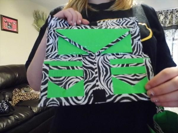 15 Cool Duct Tape Wallets | 101 Duct Tape Crafts Please follow us @ http://www.pinterest.com/ducktapesale/