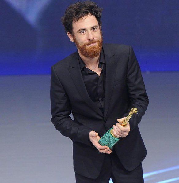 RT @oldmanriversoul: Elio Germano // David di Donatello per il Miglior Attore Protagonista ne #IlGiovaneFavoloso (2015)  https://t.co/dMxYgd0kk6