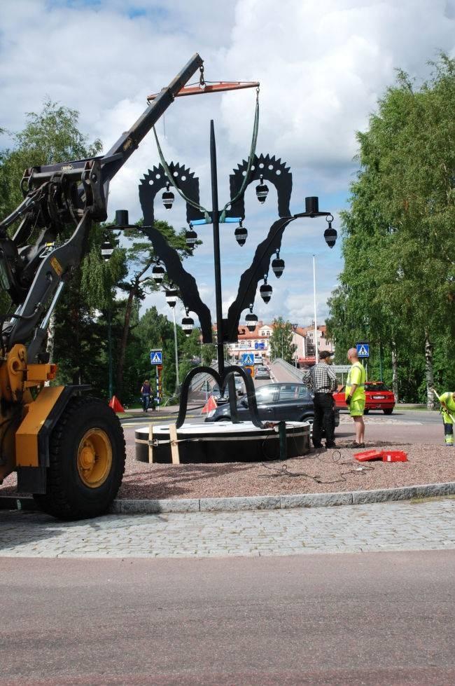 Tuppstaken i rundkjøringa i Leksand | Folk | Pinterest
