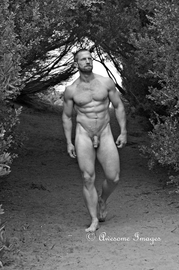 Photographer male nude