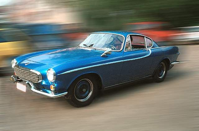 The Volvo P1800 Is The Car For Super-Sleuths From Swinging London