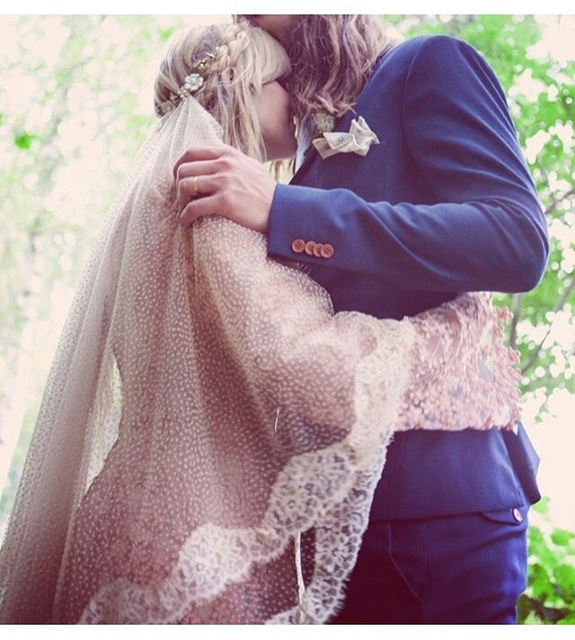 First ever made Wild Spirit Lovers veil for Emmas own wedding  Photo: Rebecca Miana #veil #bohemianveil #bohemianbride #vintagebride #vintagewedding #vintageveil #weddingveil #bohemianwedding #bride #wildspiritlovers