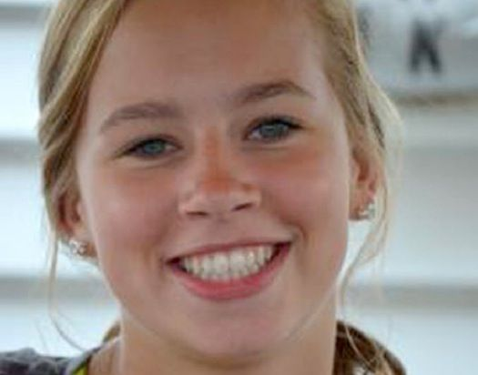 Teen's death after oral surgery prompts suspension of Edina dentist's license | A state board found that a dental assistant monitored the patient's anesthesia but lacked the credentials for that assignment.