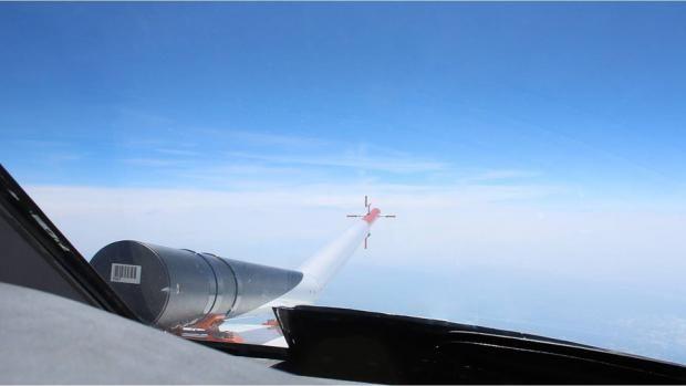 Crean un láser para evitar turbulencias aéreas