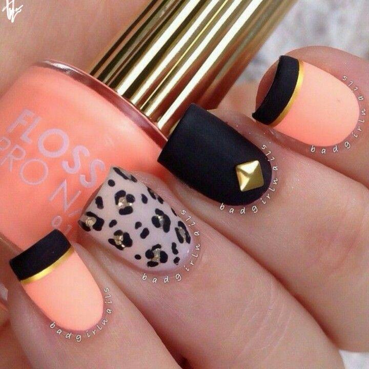 Nail Art preta e laranja com detalhes em dourado ☆CamyKelm☆