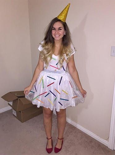 50 Amazing Halloween Costumes We�re Totally Stealing This Year via @PureWow