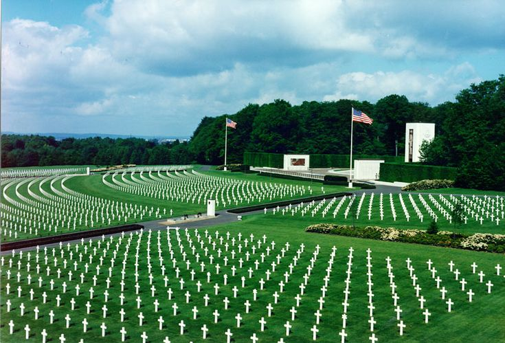 Luxembourg American Cemetery and Memorial contains the remains of 5,076 American service members.  Most of the interred died during the Battle of the Bulge which was fought nearby in the winter of 1944/1945.